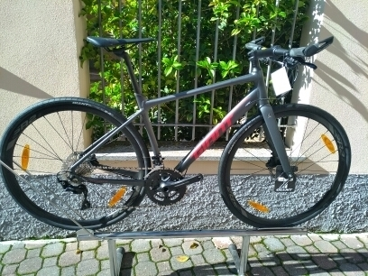 Giant FASTROAD Disc SL1 2020